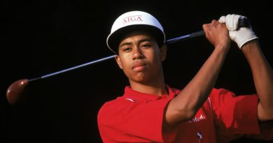 Masters: Tiger Woods' first major - from mixing with stars to Monday history class