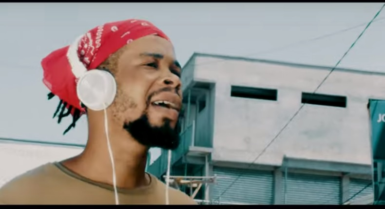 Keen Rolinx ft Ohemaa Dadao - Favour